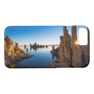 Sunrise at Mono lake, California iPhone 8/7 Case