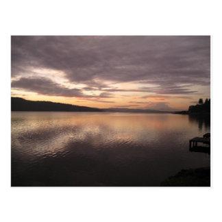 Sunrise on lake Washington / Mt Rainier in Seattle Postcard