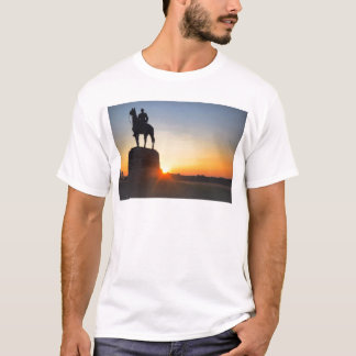 Sunrise on the Gettysburg Battlefield T-Shirt