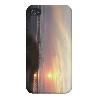 Sunset at sea cover for iPhone 4