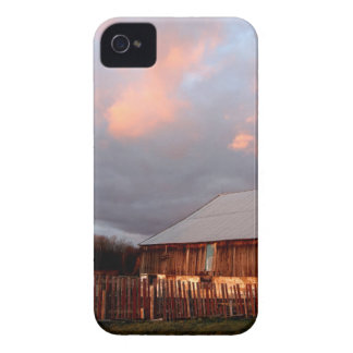 Sunset on the old barn Case-Mate iPhone 4 case