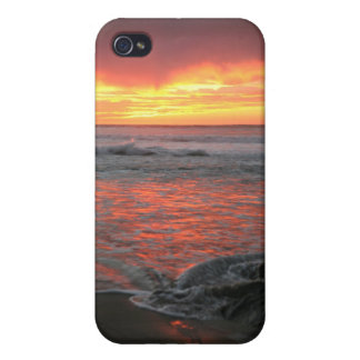 Sunset on the shore iPhone 4 case