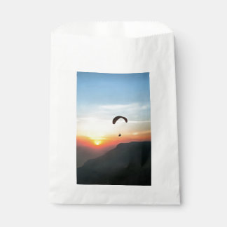 Sunset Paraglide Favour Bag