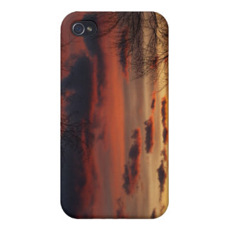 Sunsets))))) iPhone 4 Cover