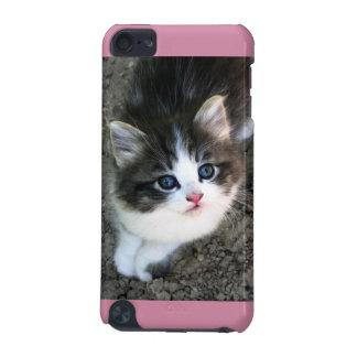 SUPER CUTE Stray Kitten iPod Touch 5G Case