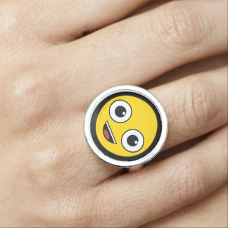 Super Happy Face Ring