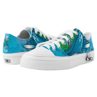 Surfing, surfboard with palm low tops