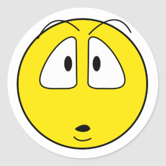 Surprised smiley face classic round sticker