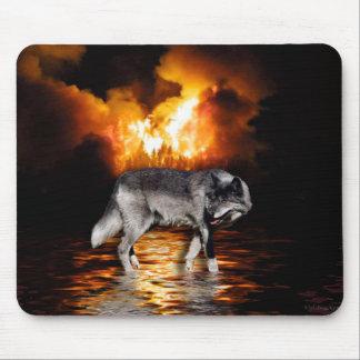 """""""Survivor"""" Wolf Mousepad"""