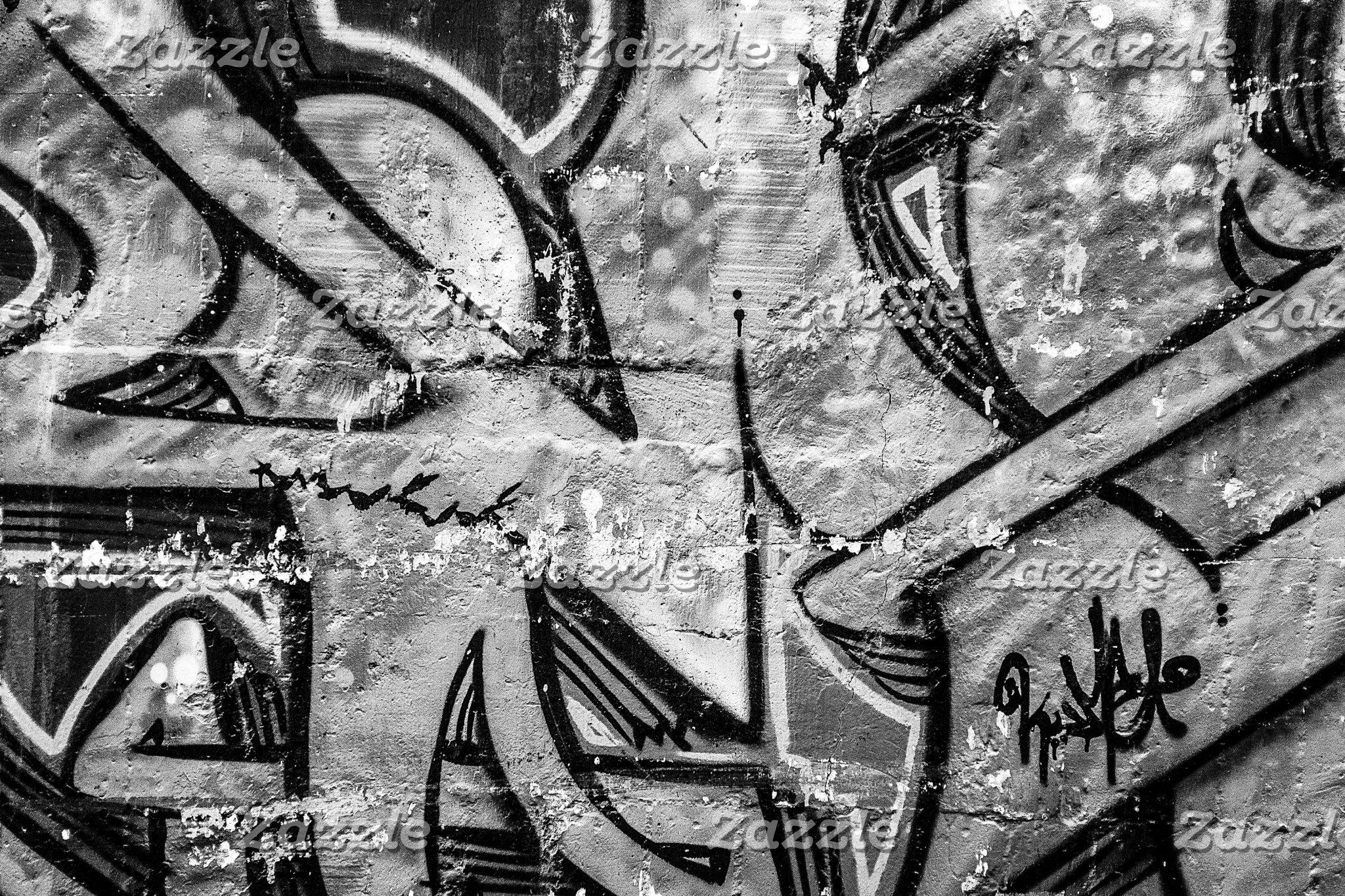 URBAN Fashion Bags in Black Street Art