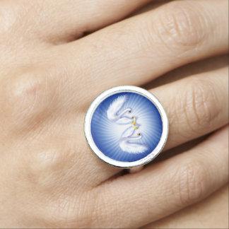 Swan's Wedding Rings