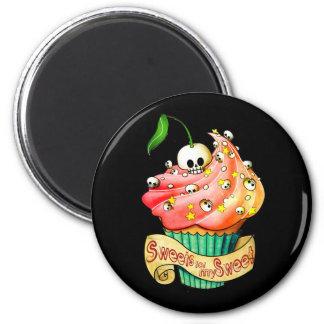 Sweet & Deadly  Skull Cupcake 6 Cm Round Magnet