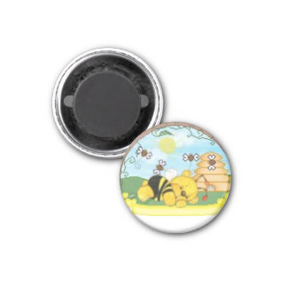 Sweet little bee bear 3 cm round magnet