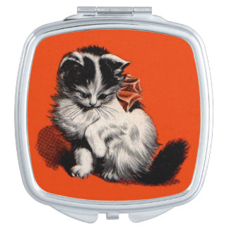 sweet little kitten travel mirror
