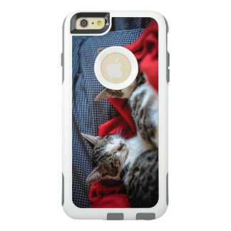 Sweet Sleeping Kitties OtterBox iPhone 6/6s Plus Case