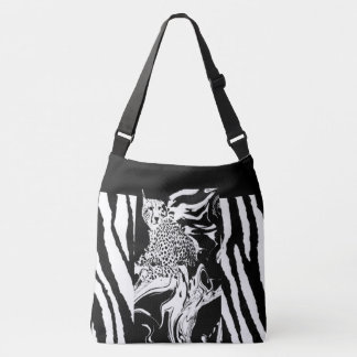 SWIFT AS THE WIND-CHEETAH STYLE LARGE SHOULDER TOT CROSSBODY BAG
