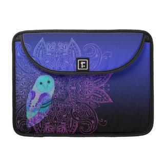 Swirly Barn Owl Sleeve For MacBooks