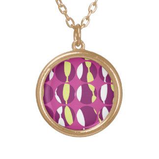 Swirly Stripe Round Pendant Necklace