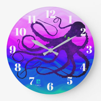 Sybille's Octo On Pink To Green - Round Wall Clock