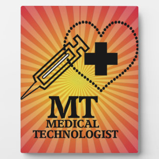 SYRINGE HEART LOGO FOR MT MEDICAL TECHNOLOGIST PLAQUE