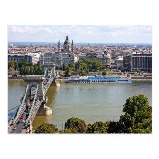 Szechenyi Chain Bridge, Budapest, Hungary Postcard