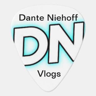 (T6) Dante Niehoff Vlogs Guitar pick