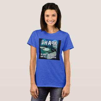 T-shirt Fem Shark