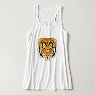 T-shirt tense with tiger head