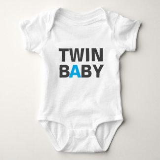 T-Shirt - TWIN A