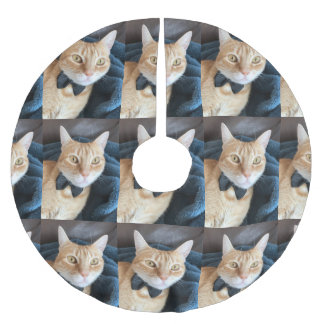 Tabby cat with bow tie brushed polyester tree skirt