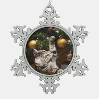 Tabby kitty Christmas play Snowflake Pewter Christmas Ornament
