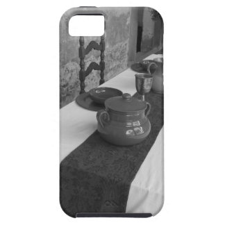 Table settings for a medieval style banquet case for the iPhone 5