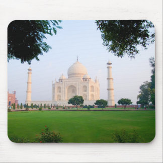 Taj Mahal at sunrise one of the wonders of the Mouse Pad