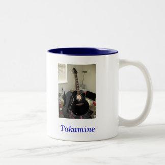 Takamine Guitar (2-Tone Mug)