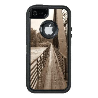 Talkeetna Railroad Bridge Walkway OtterBox iPhone 5/5s/SE Case