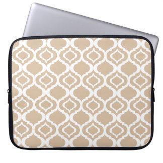 Tan and White Geometric Moroccan Lattice Pattern Laptop Sleeve