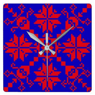 Tartlau time square wall clock