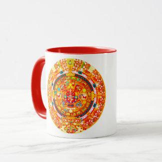 tasa con el calendario azteca en tonos rojos mug