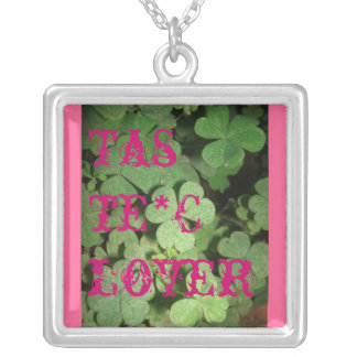 Taste Clover Square Necklace
