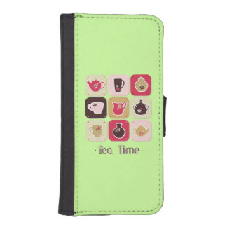 Tea Time Sweet Green iPhone 5 Wallet Cases