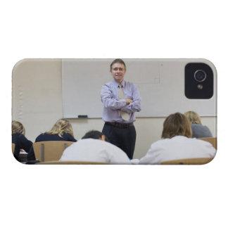 Teacher at front of class, children working hard Case-Mate iPhone 4 case