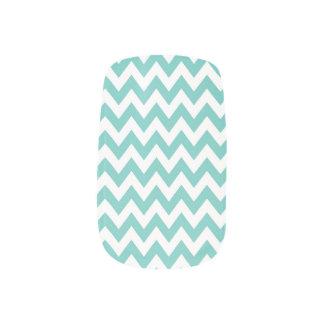 Teal Chevron Pattern Nail Art