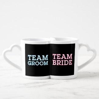 Team Bride and Groom Outline Black Lovers Mugs