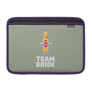 Team Bride Beerbottle Z5s42 MacBook Sleeve