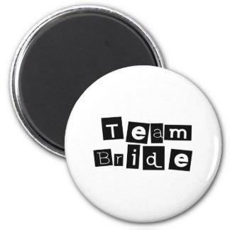 Team Bride (Sq Blk) 6 Cm Round Magnet