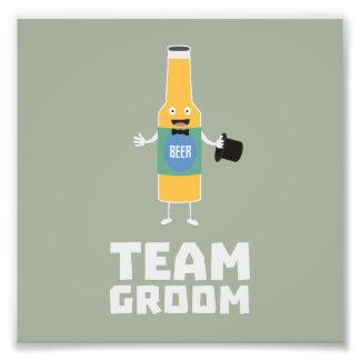 Team Groom Beerbottle Zu77s Photograph