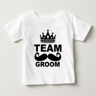Team Groom T-Shirts M.png