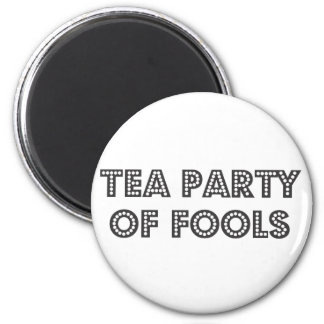 teaparty 6 cm round magnet