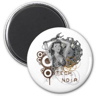Tech noir pulp steampunk dame 6 cm round magnet