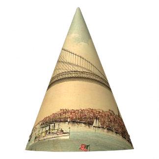 TEE Brooklyn Bridge Party Hat